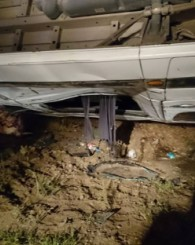 Takla Atan Minibüste 1 Ölü 18 Yaralı!