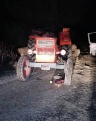 Park Halindeki Traktöre Arkadan Çarpan Minibüste 1 Kişi Yaralandı!