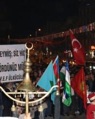 3 Mayıs Türkçülük Günü'nde Mehter Takımı ve meşaleler ile yüründü!