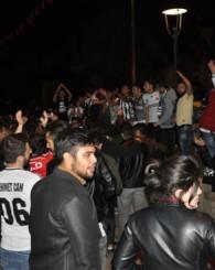 Uşaklı Kartallar, 7 yıllık özlemin ardından şampiyonluğu kutladı!