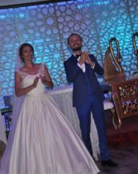 CHP'nin Sevilen isimlerinden ve İl Saymanlığı görevini yürüten Ömür Önlü oğlunu evlendirdi