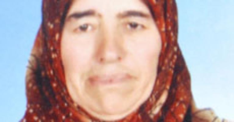 Aksaray'da Topakkaya Beldesi'nde Yaşayan Mukaddes Oflaz, Soba Zehirlenmesi'nden Hayatını Kaybetti. Mukaddes Oflaz'ın Ölüm Haberi.