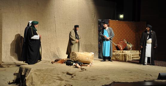 Bilal-i Habeşi Tiyatrosuna Uşaklı Yoğun İlgi Gösterdi