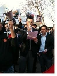 BTP  Gençlik Kolları Üyeleri İstanbul Taksimde Libya Irak Olmasın Adlı Eylemi Yaptı.Video Haber...