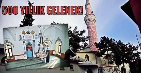 Cami Kültürü ve 500 Yıldır Hatimli Namaz Kılınan Uşak Kurşunlu Cami!