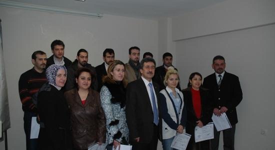 Girişimcilere Sertifikalarını UTSO Başkanı Mustafa Kuvvet Verdi!