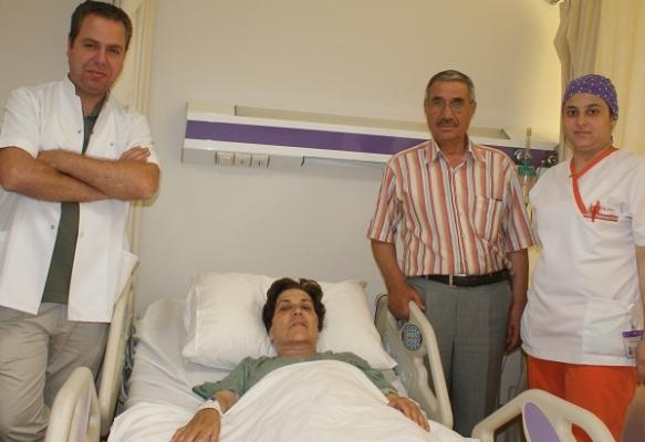 Kapalı Kolon Cerrahisi Yöntemiyle Bir Haftada Sağlığına Kavuştu