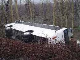 Malatya'da Darende de Freni Patlayan Yolcu Otobüsü  Devrildi..