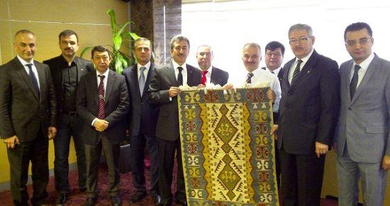 Mustafa Kuvvet, THY'den Sanayi ve Üniversite İçin Uçak Seferleri Talep Etti