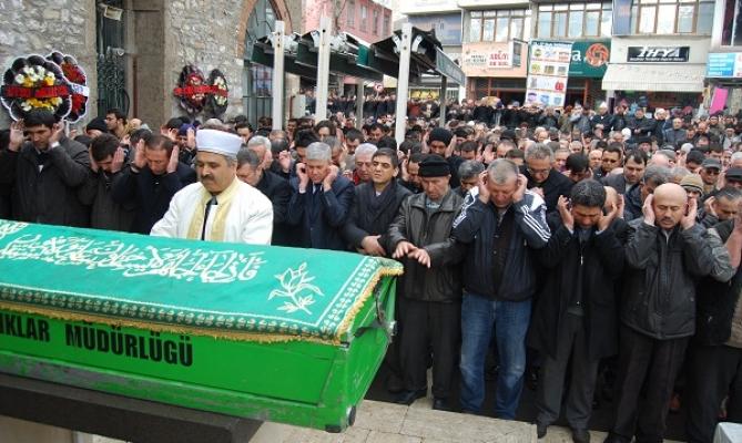 Sesli ve Cevher'in Kayınpederi Eryılmaz'ın Cenazesi Defnedildi!