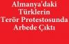 Almanya'da Yüzlerce Türk'ün Teröre Karşı Yürüyüşü Provoke Edildi