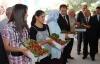 Sivaslı Çilek Festivalinde Çilekler Yarıştı