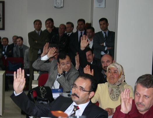Uşak Belediyesi 2010 Yılı Faaliyet Raporu Mecliste Oylandı..