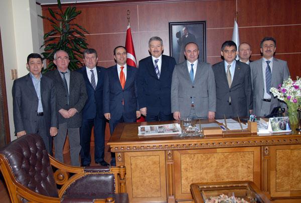 Uşak Ticaret ve Sanayi Odasından (UTSO) Belediye Başkanına Ziyaret.