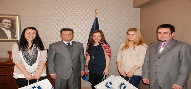 Uşak Üniversitesi'ne Macaristan'lı Öğrenclerden Ziyaret.