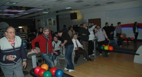 Uşak Basını Bowling Turnuvası'nda Stres Attı
