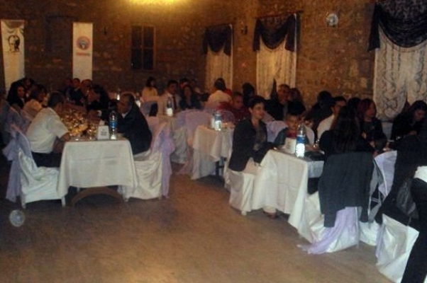 Uşak Eğitim-İş Üyeleri Kuruluş Yıldönümü Nedeniyle Yemekte Buluştu!