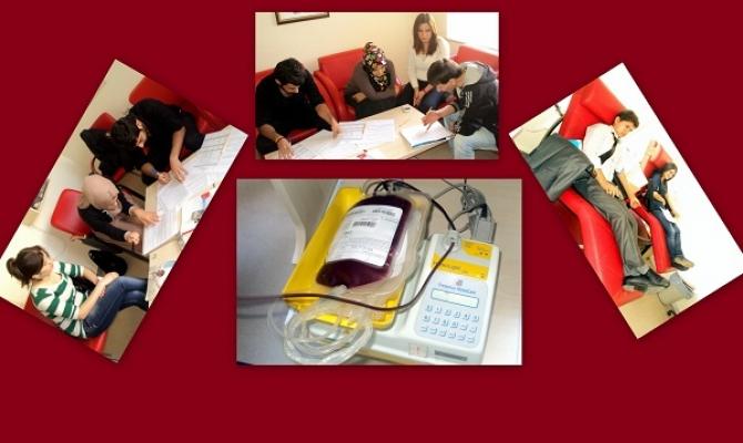 Uşak Üniversitesi Öğrencilerinden Kan Bağışı Dersi!