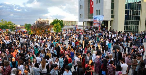 Uşak Üniversitesi Öğrencilerinin Çözüm Süreci Polemiği!