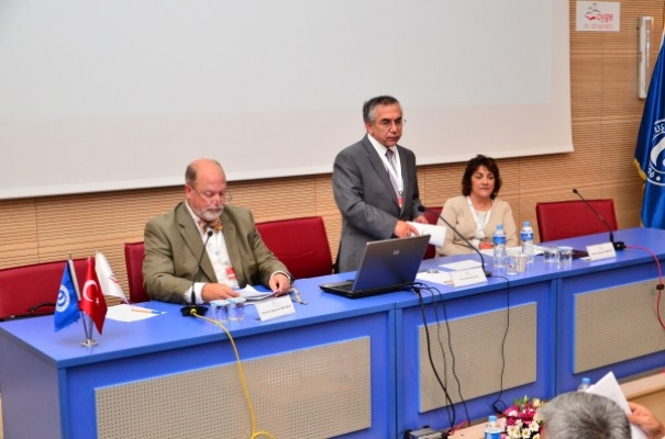 Uşak Üniversitesi'nde Uluslararası Katılımlı Sempozyum Yapıldı!