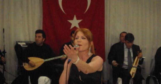 Uşak'taki Karadenizliler, 'Geleneksel Karadenizliler Gecesi'nde Buluştu