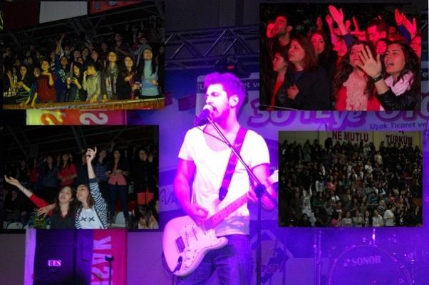 UTSOfest Uşak'ta Kolpa Konseriyle Muhteşem Bir Start Aldı!