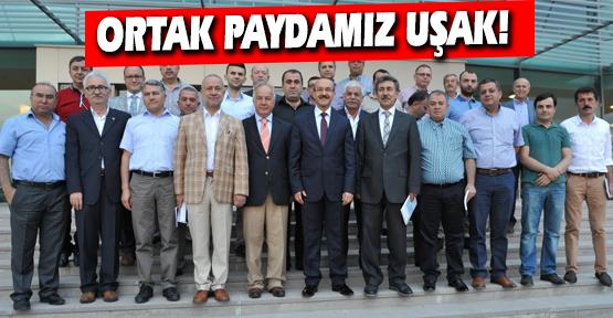 Vali Yavuz, UTSO Yönetimi İle Bir Araya Geldi!