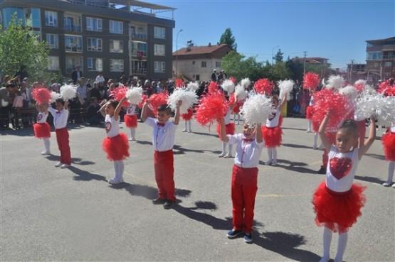 23 Nisan, Emine Niyazi Deveci İlkokulu'nda Coşku İle Kutlandı!