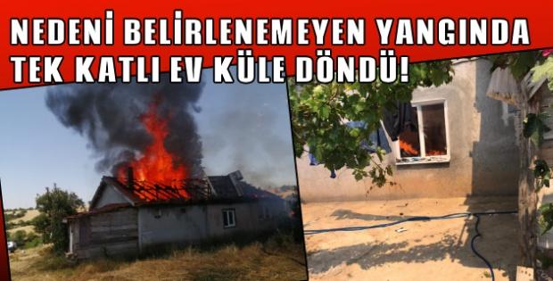 Alevlere teslim olan ev, kullanılamaz hale geldi!