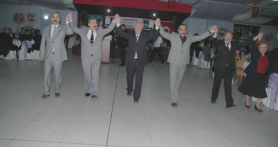 ADD Uşak Şubesi Geleneksel Cumhuriyet Balosu Bu Gece Düzenlendi