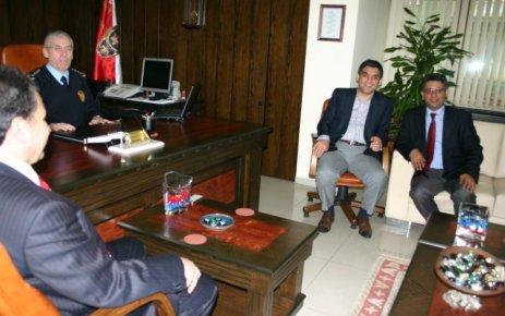 Akparti Uşak Milletvekili Adayları İl Emniyet Müdürlüğünü Ziyaret Etti.