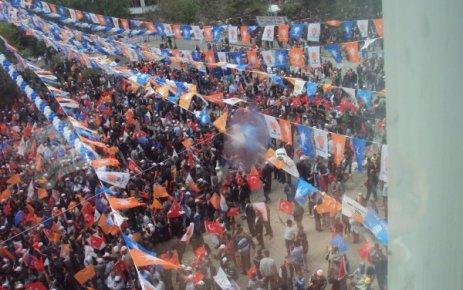 Başbakan Uşakta, Akparti Uşak Mitingi Kent Meydanında Bu Gün Yapıldı.. Tayyip Erdoğan Uşak ta Konuştu.