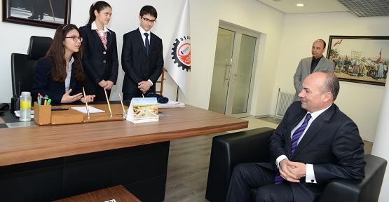 Başkan Erdoğan Makamını Çocuklara Devretti!