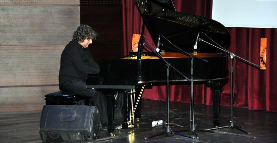 Dünyaca Ünlü Piyano Virtüözü Tuluyhan Uğurlu Uşak'ta!