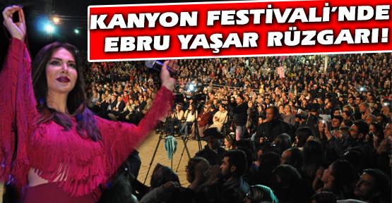 Ebru Yaşar, Kanyon Festivali'nde Binlerce Uşaklı'yı Coşturdu!