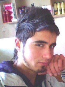 Eşme'de Kazayla Vurduğu Arkadaşı Öldü...