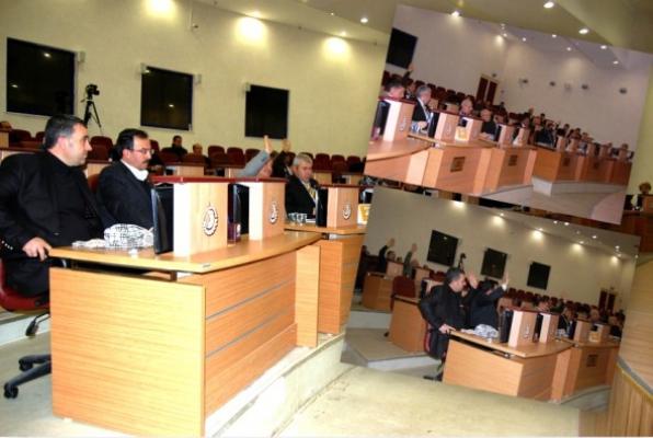Belediye Meclisi'nde Bir Garip Arsa Satışı Oylaması
