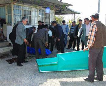 Muğla Milas Avşar Köyü'nde Eski Muhtar İzzet Atabey Av Tüfeğiyle İntihar Etti.