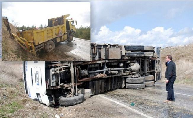 Sivaslı Yolu'nda Trafik Kazası!