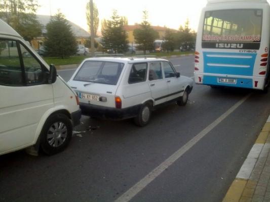Stadyum Kavşağında Zincirleme Trafik Kazası!