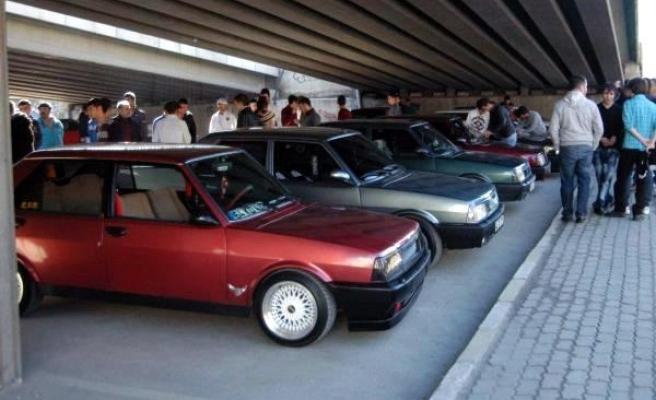 Trafik Ekipleri Uşak'ta Modifiyeli Araçlara Ceza Yağdırdı!
