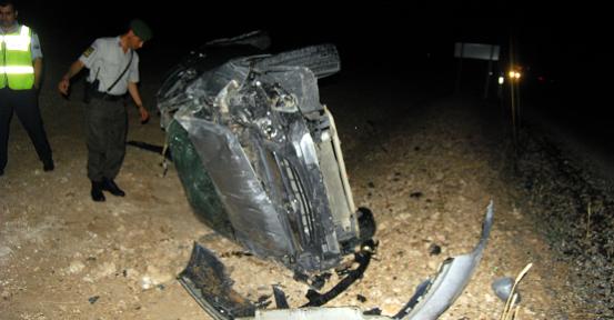 Ulubey Yolu'nda Otomobil Şarampole Yuvarlandı! 2 Yaralı