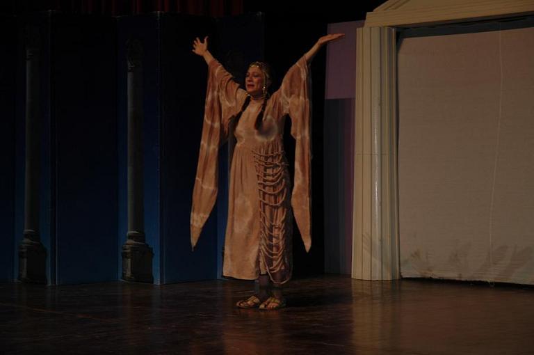 Uşak Atatürkçü Düşünce Derneği 'nden (ADD) AKM de Tiyatro Etkinliği