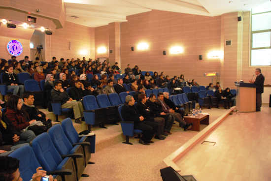 Uşak Üniverstesinde Mehmet Akif Ersoy ve İstiklal Marşı Konferansı Gerçekleştirildi