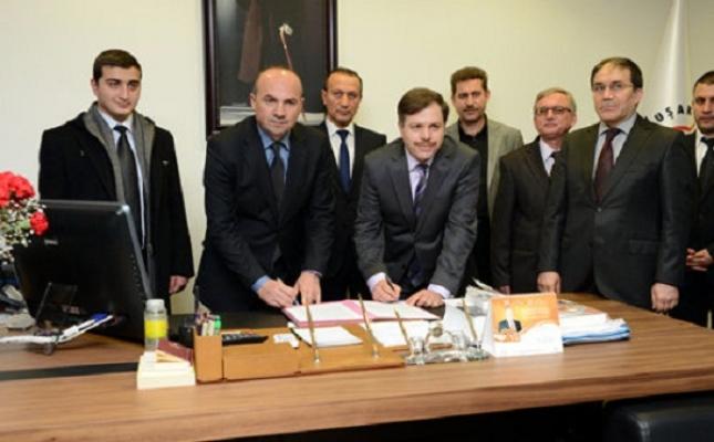 Uşak Belediyesi ve Uşak Üniversitesi Arasında Biniciliğin Gelişmesi İçin Protokol İmzalandı