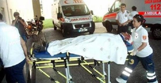Uşak-İzmir Seferini Yapan Tren Kamyonetle Çarpıştı! 2'si Ağır 3 Yaralı!