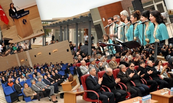 Uşak Üniversitesi'nde Nevruz Bayramı Dolu Dolu Kutlandı