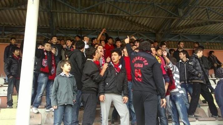 Uşaklı Futbol Severlerden İlginç Protesto!