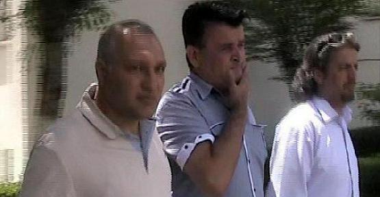 Uşak'ta 20 Yıllık Eşini Öldüren Koca Tutuklandı!
