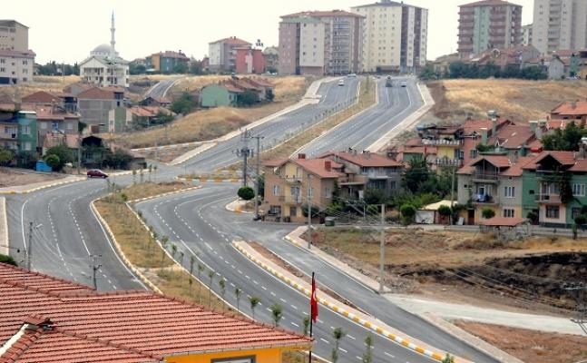 Uşak'ta Yeni Açılan Yollardan Günlük 9 Bin 800 Araç Geçiyor